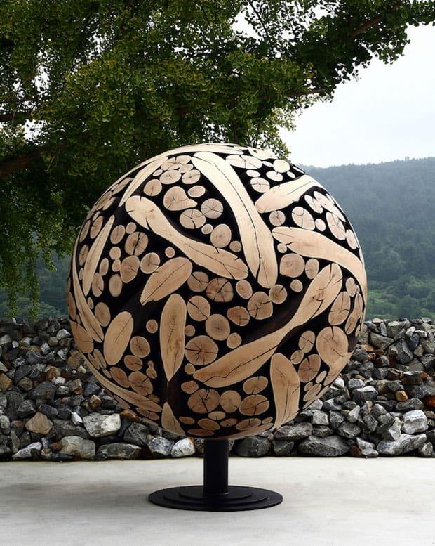 globe-sculpture
