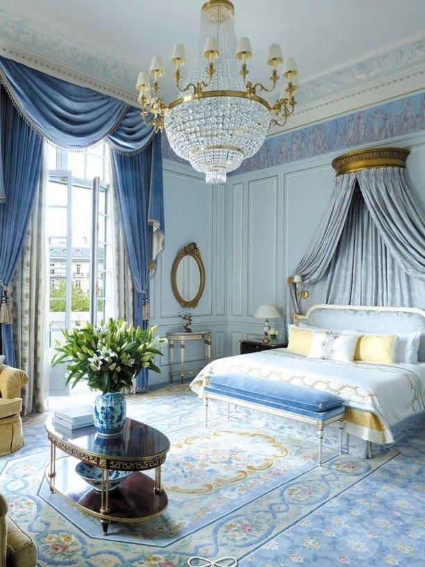 regal-blue-room