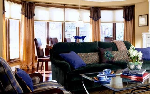 green-velvet-couch