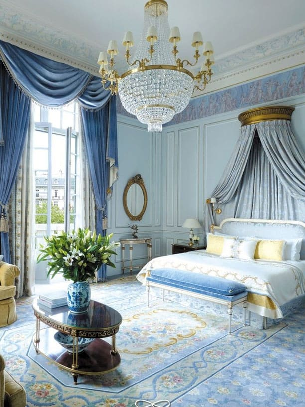 regal-blue-room