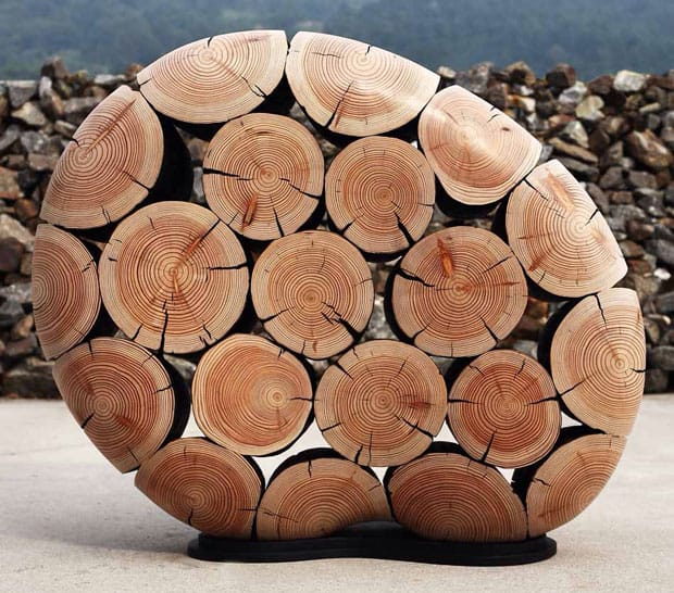 wood-sculpted-piece