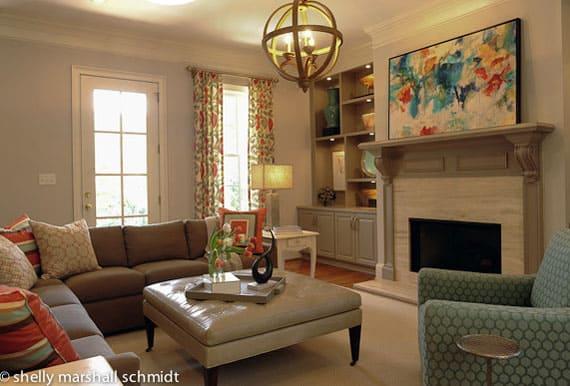 art-on-fireplace-mantel
