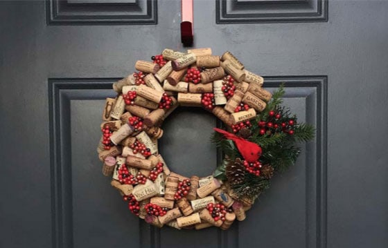 modern-christmas-wreath