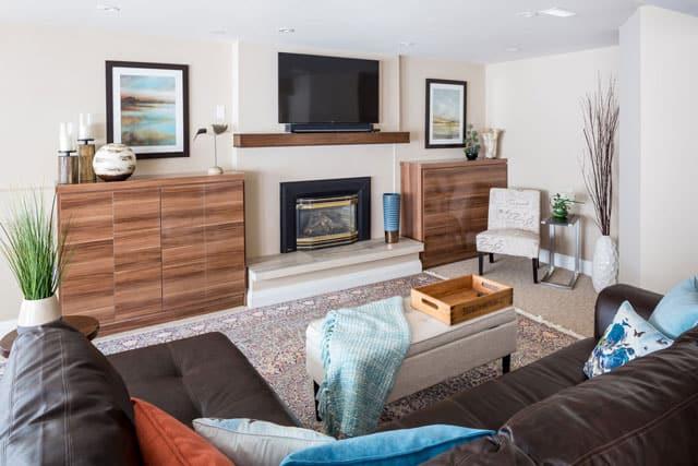 leeward-brampton-family-room-design