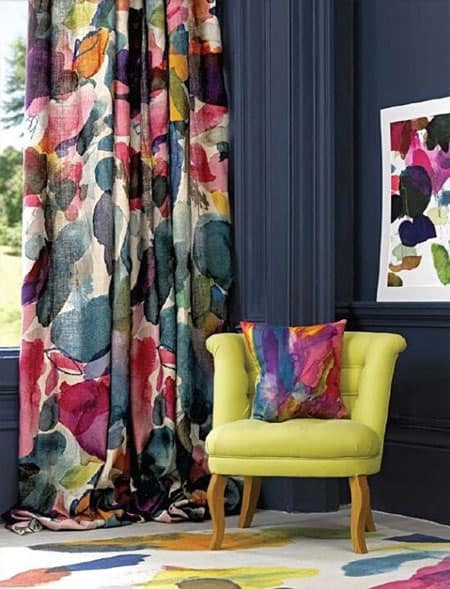 printed-floral-pillow-window-treatment