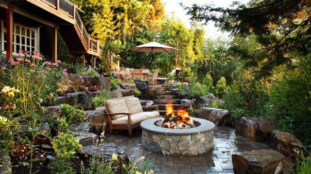 fire-pit-home-exterior-design