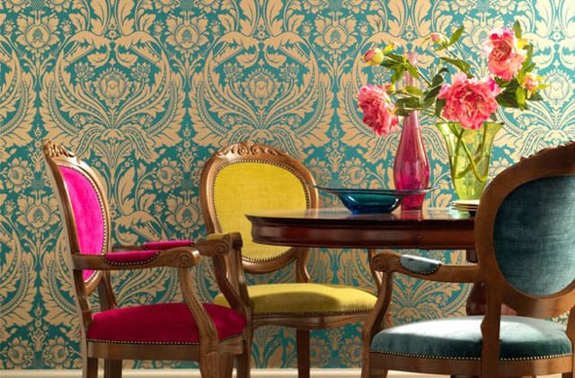 brown-wallpaper-dining-chairs