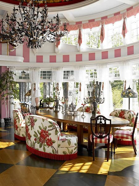 dining-room-splash-of-pink