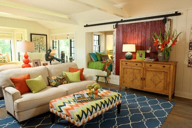 Azalea Cottage Chevron Pattern Living Area