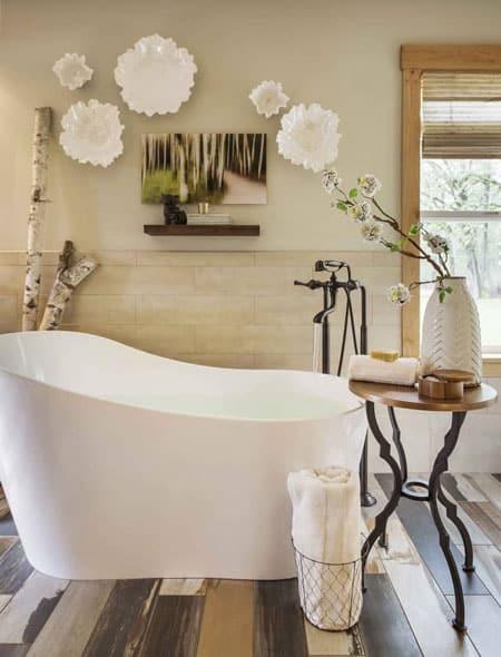 Larger Accent Bathroom Design