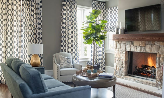 Living Room Blue White Transitional Style Design Mantle