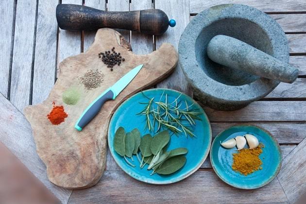 Elegant Tableware Spice Decors