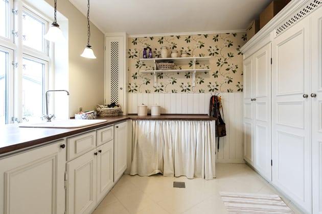 Elegant Kitchen Wallpaper