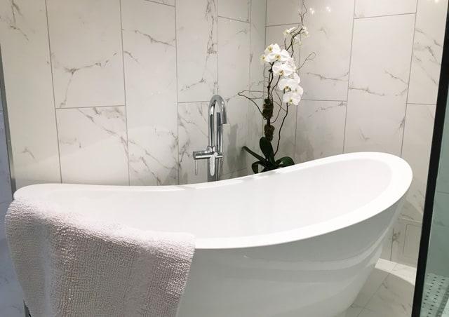 Barbara Brickell Bathroom Tub Design