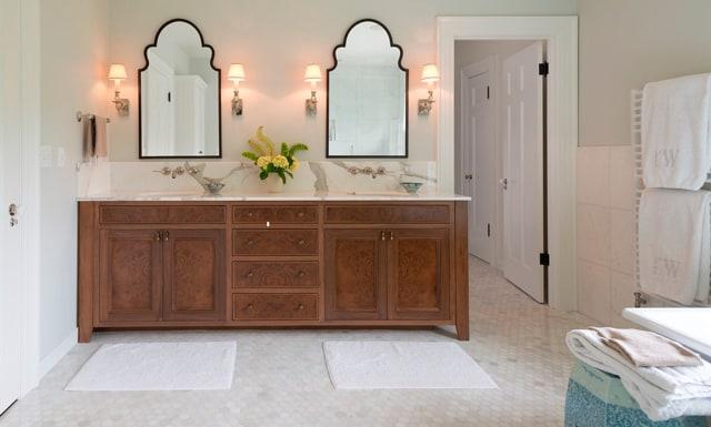 Jenni Leasia Dunthorpe Classic Touch Bathroom
