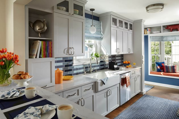 Traditional Grey Cabinetry Kitchen